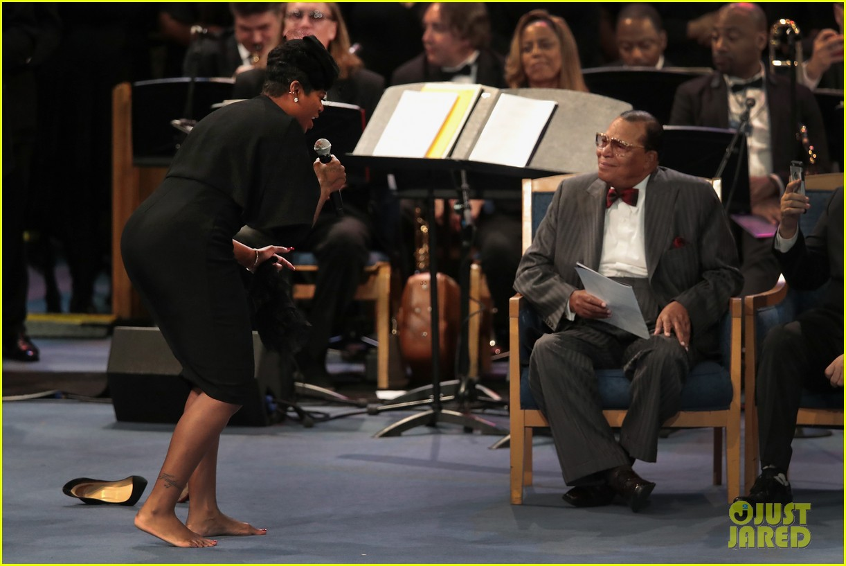 fantasia barrino performs at aretha franklin funeral 04