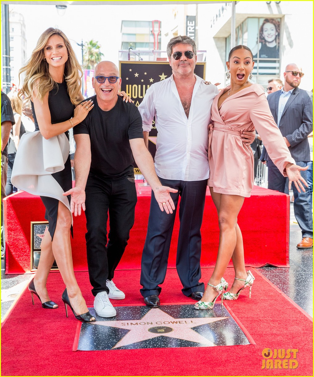 simon cowell american idol alums at hollywood walk of fame ceremony 014133344