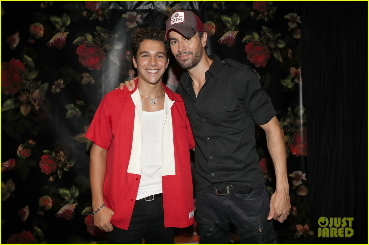 enrique iglesias austin mahone private party 104133643