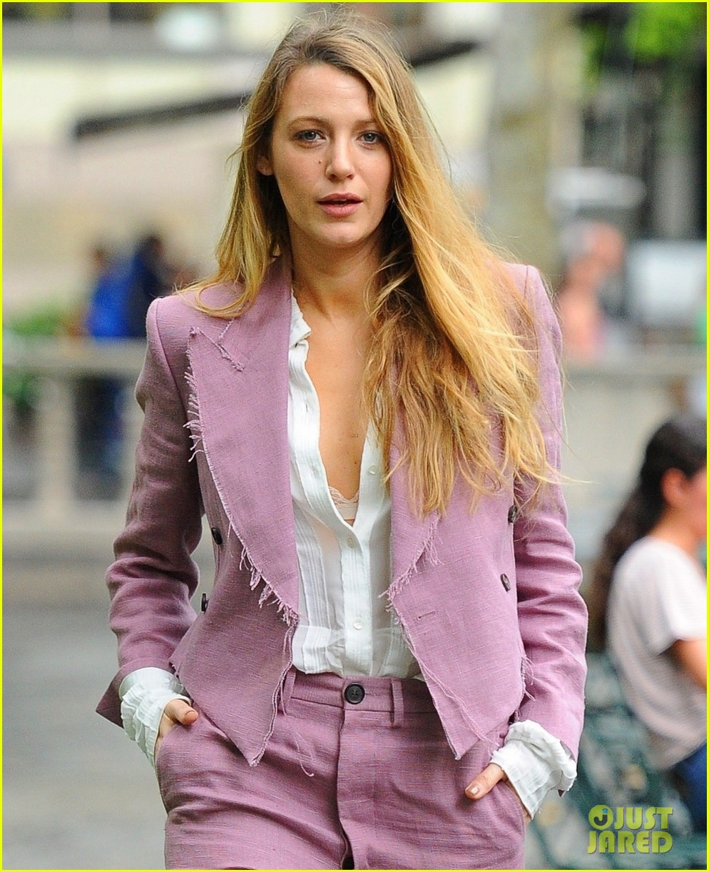 blake lively steps out in nyc ahead of mtv vmas 2018 014131356