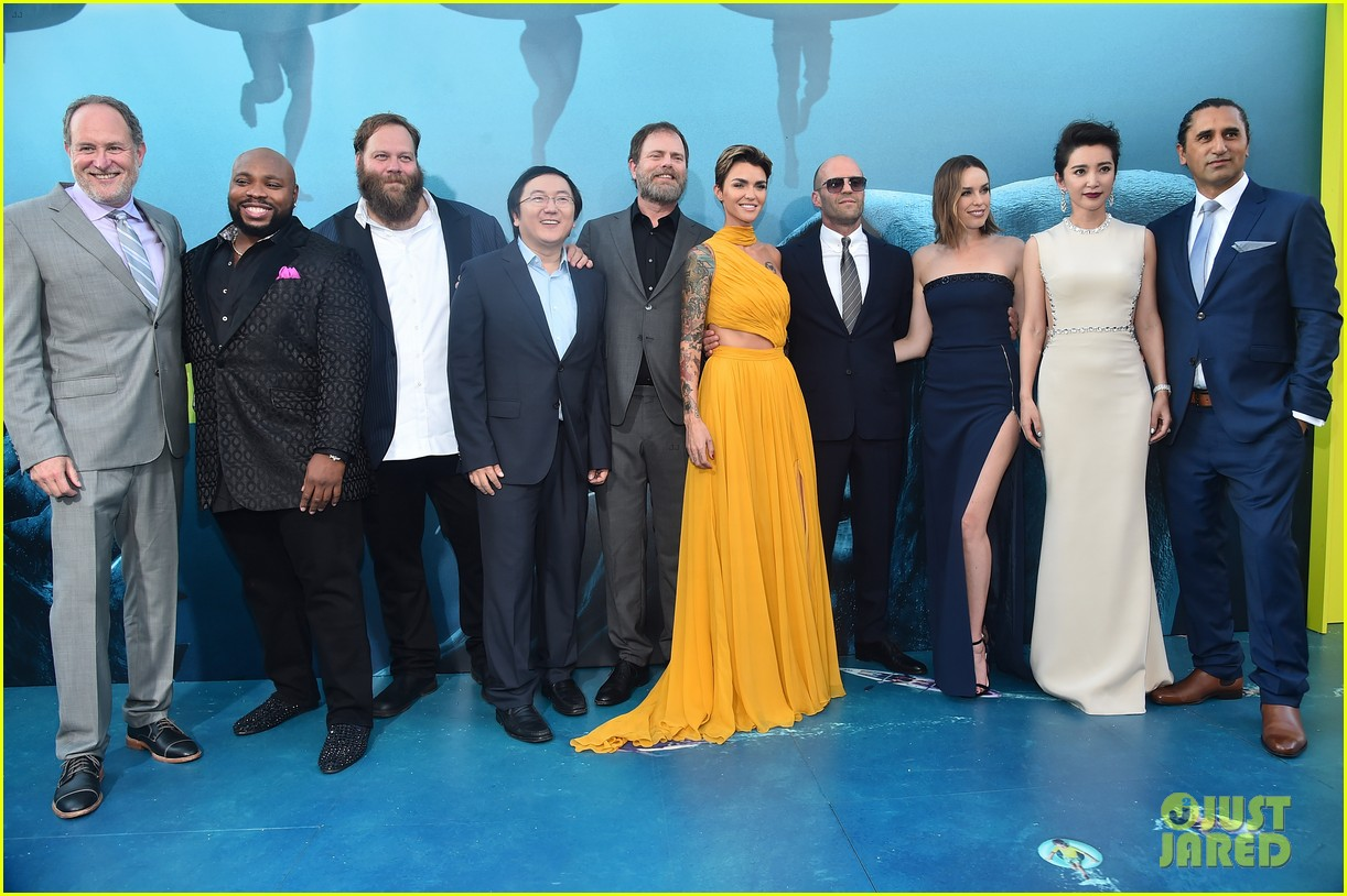 Jason Statham Amp Ruby Rose Join The Meg Cast At La