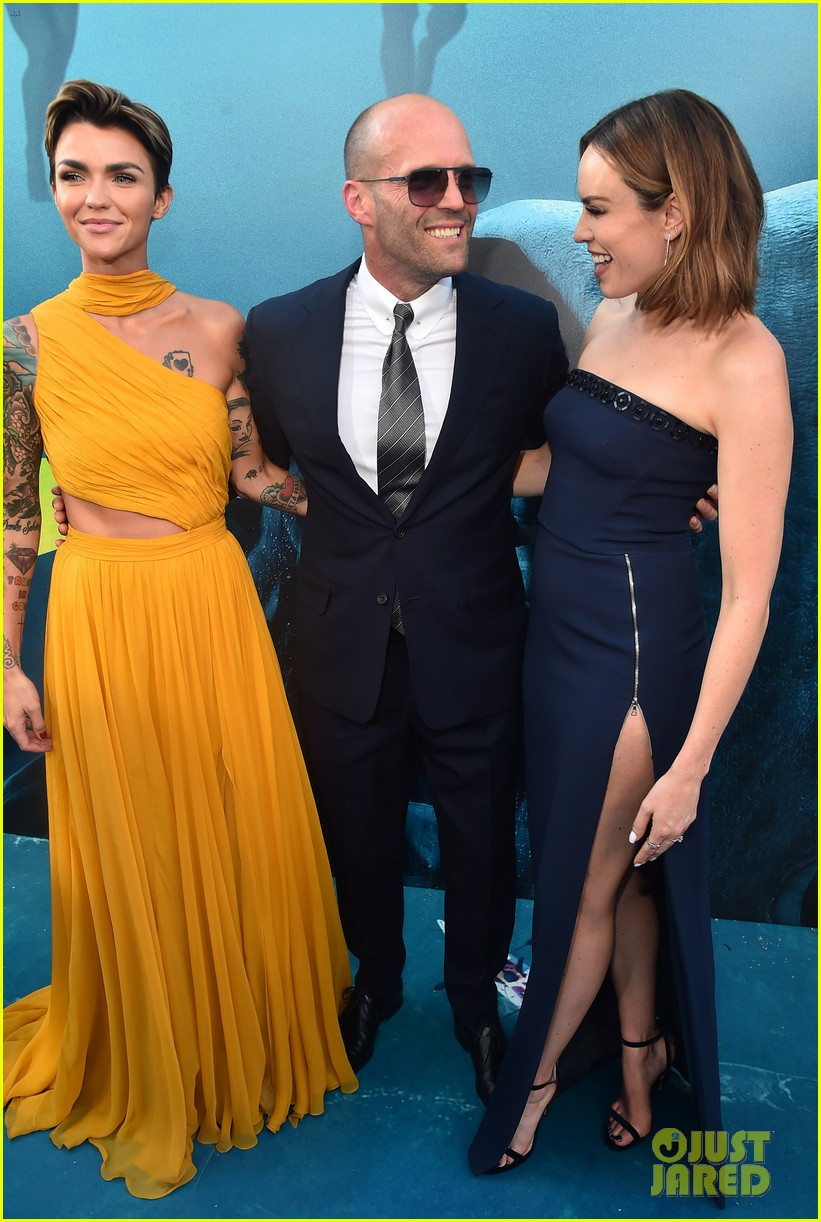 Jason Statham Amp Ruby Rose Join The Meg Cast At La