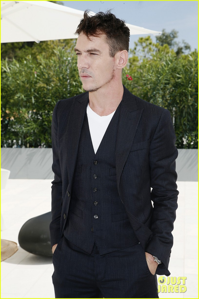 jonathan rhys meyers joins the aspern papers cast at venice film festival 06