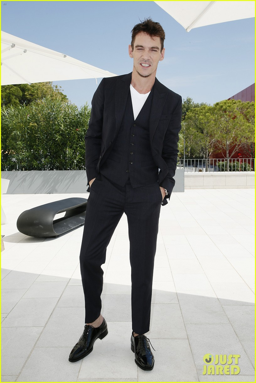 jonathan rhys meyers joins the aspern papers cast at venice film festival 09
