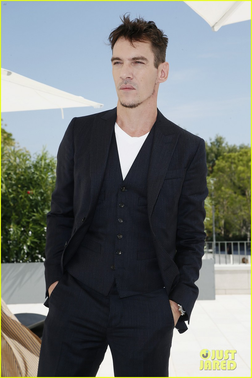jonathan rhys meyers joins the aspern papers cast at venice film festival 10