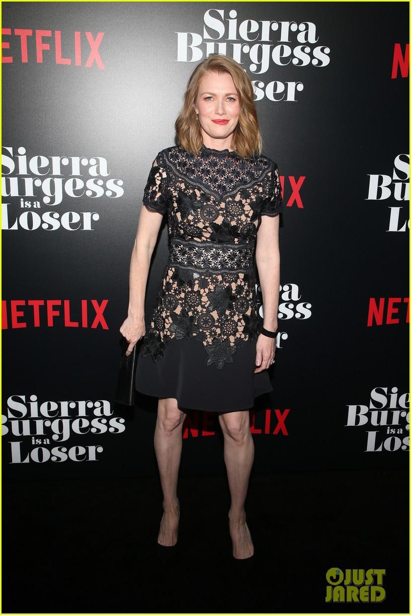 jennifer morrison betty who more support sierra burgess cast at l a premiere 10