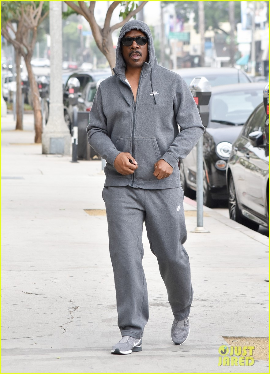 eddie murphy is set to welcome his 10th child report 024134404