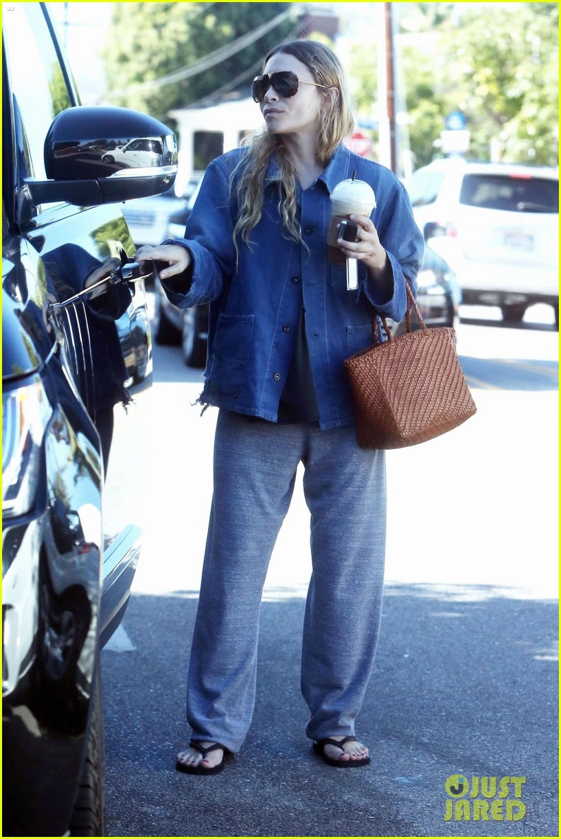 ashley olsen steps out for coffee in brentwood 014136239