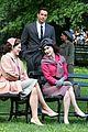 rachel brosnahan zachary levi film marvelous mrs maisel 02