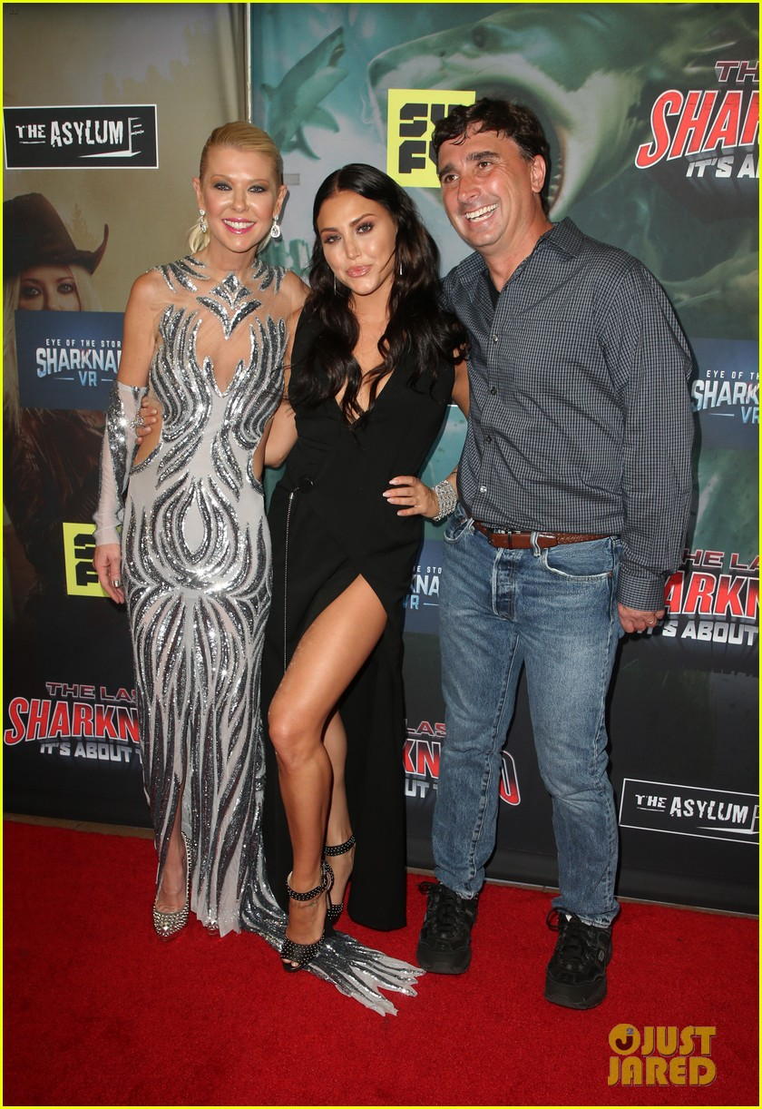 tara reid ian ziering hit red carpet for the last sharknado its about time premiere 084131142