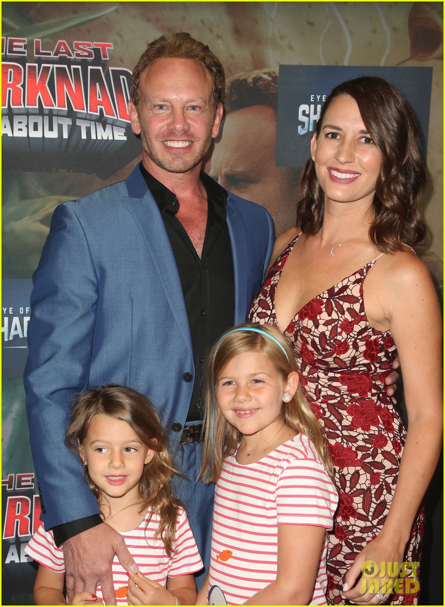 tara reid ian ziering hit red carpet for the last sharknado its about time premiere 204131154