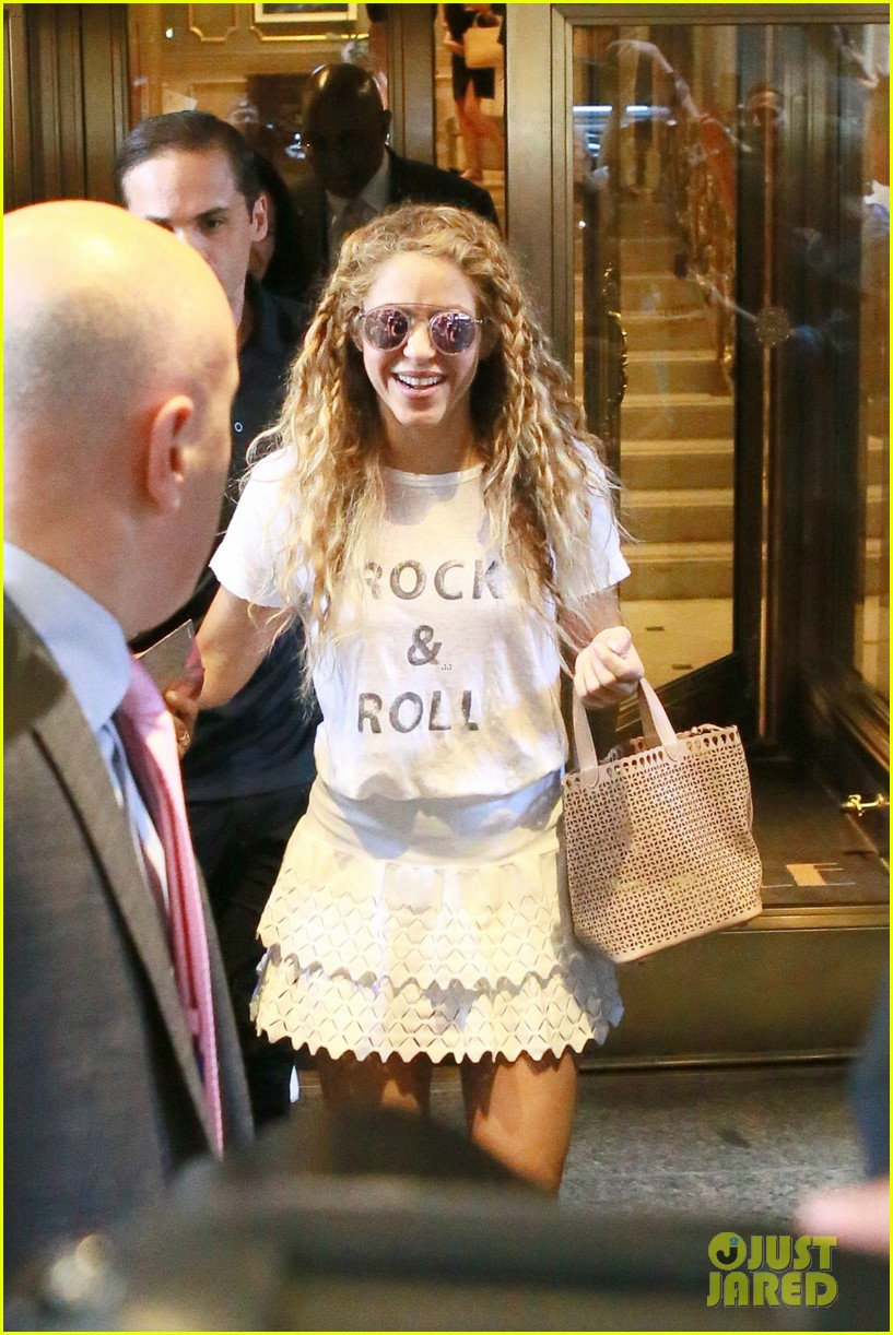 Shakira Is Ready To Rock Madison Square Garden In Nyc Photo 4127382 Shakira Pictures Just