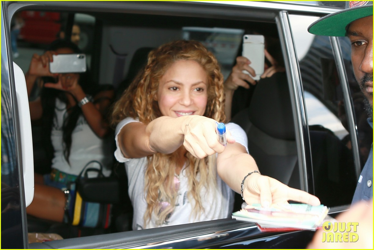 Shakira Is Ready To Rock Madison Square Garden In Nyc Photo 4127383 Shakira Pictures Just