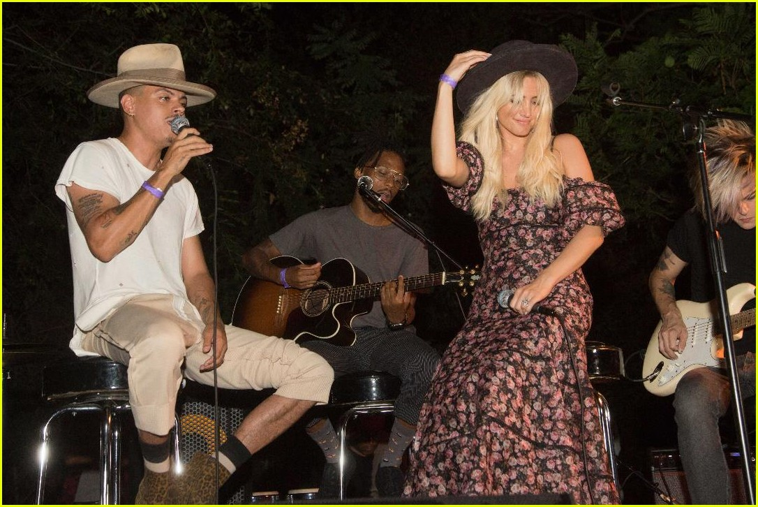 ashlee simpson evan ross canyon sessions festival 064128972