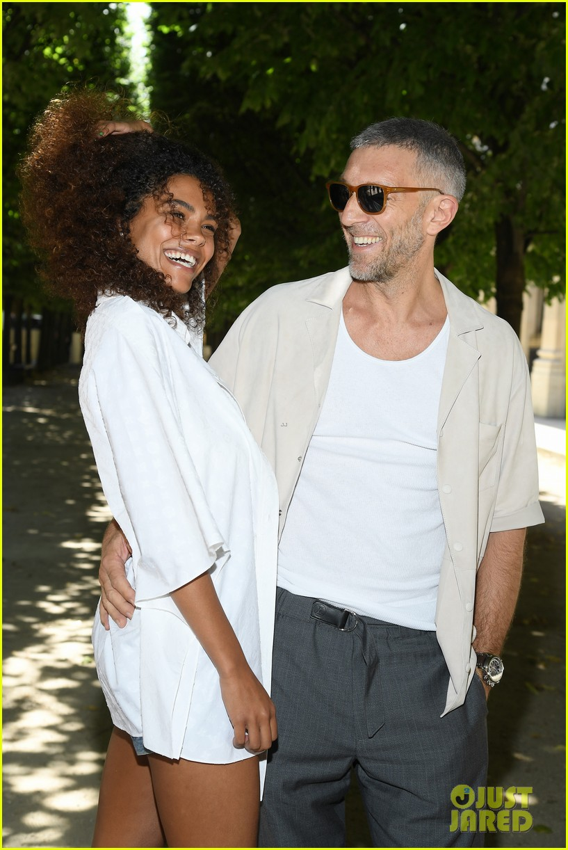 Just Jared Celebrity Gossip And >> Vincent Cassel Ties the Knot With 21-Year-Old Model Tina Kunakey!: Photo 4134139 | Tina Kunakey ...