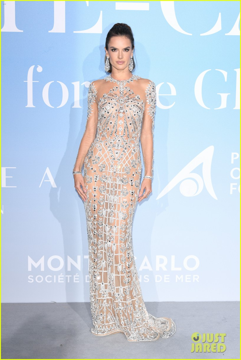 alessandra ambrosio robin thicke april love geary gala for global ocean 014154388