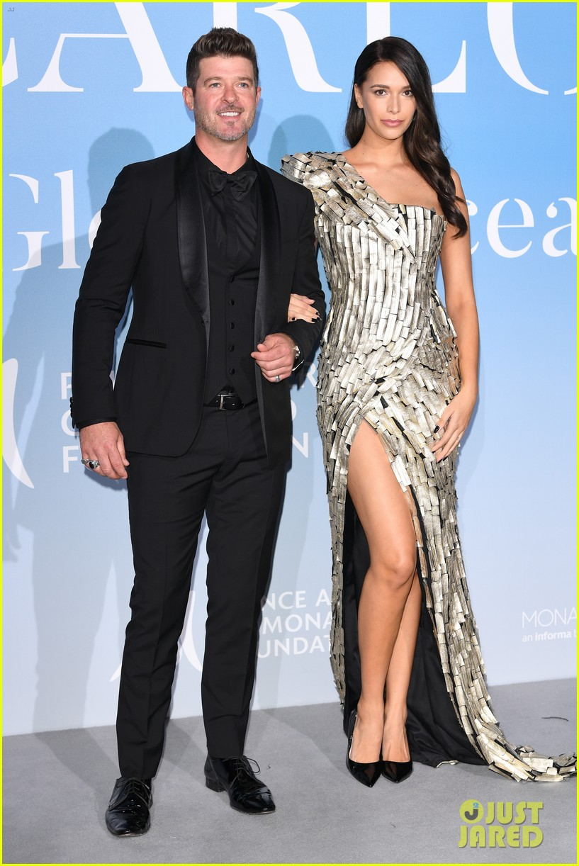 alessandra ambrosio robin thicke april love geary gala for global ocean 034154390