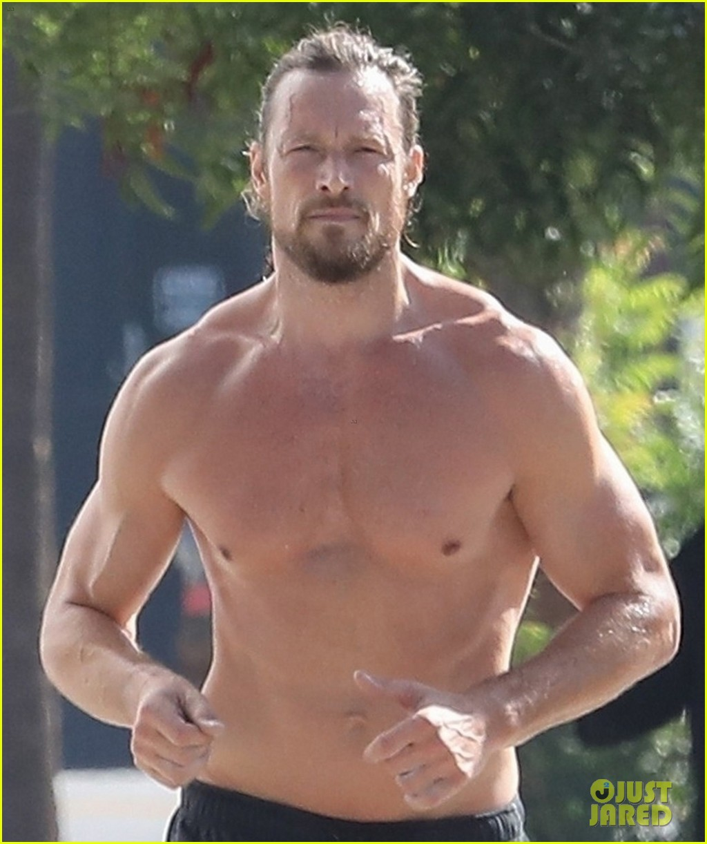 gabriel aubry bares ripped body in hot new shirtless photos 02