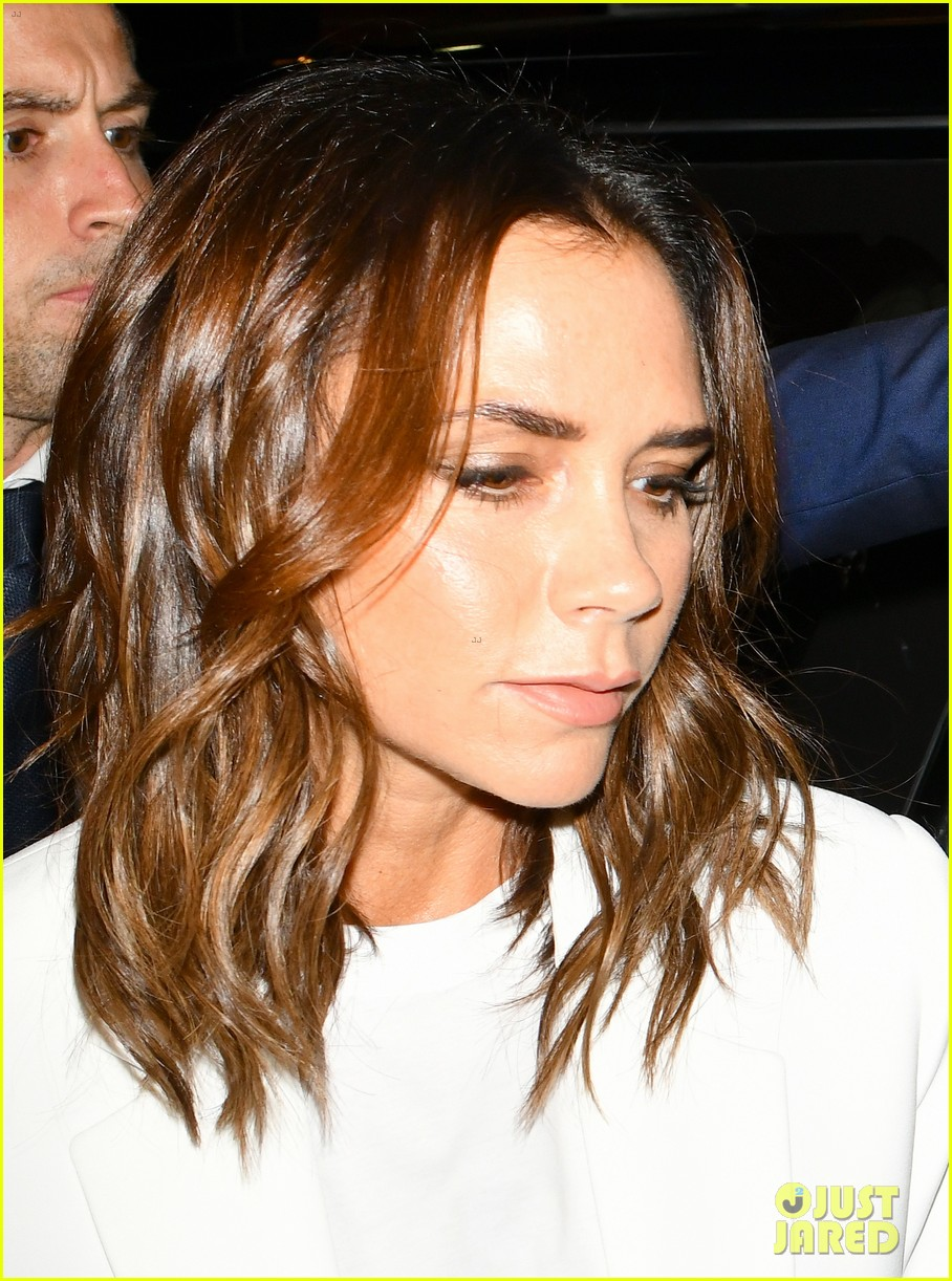 victoria beckham gets support from hubby david at 10th anniversary celebration 214148096