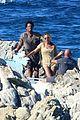 beyonce jay z visit a shipwreck during birthday trip 07