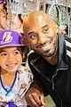 kobe bryant surprises kids at childrens hospital 02