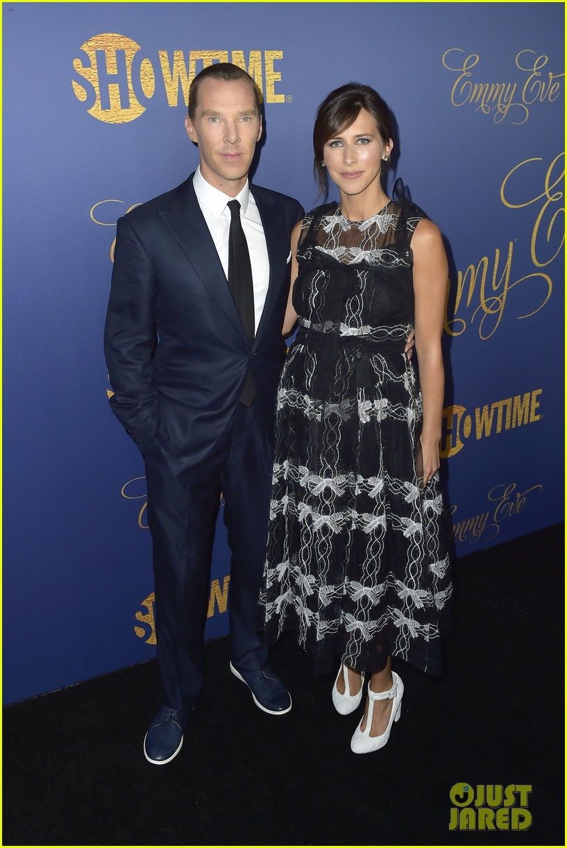 benedict cumberbatch felicity huffman couple up at pre emmy showtime party 024148020