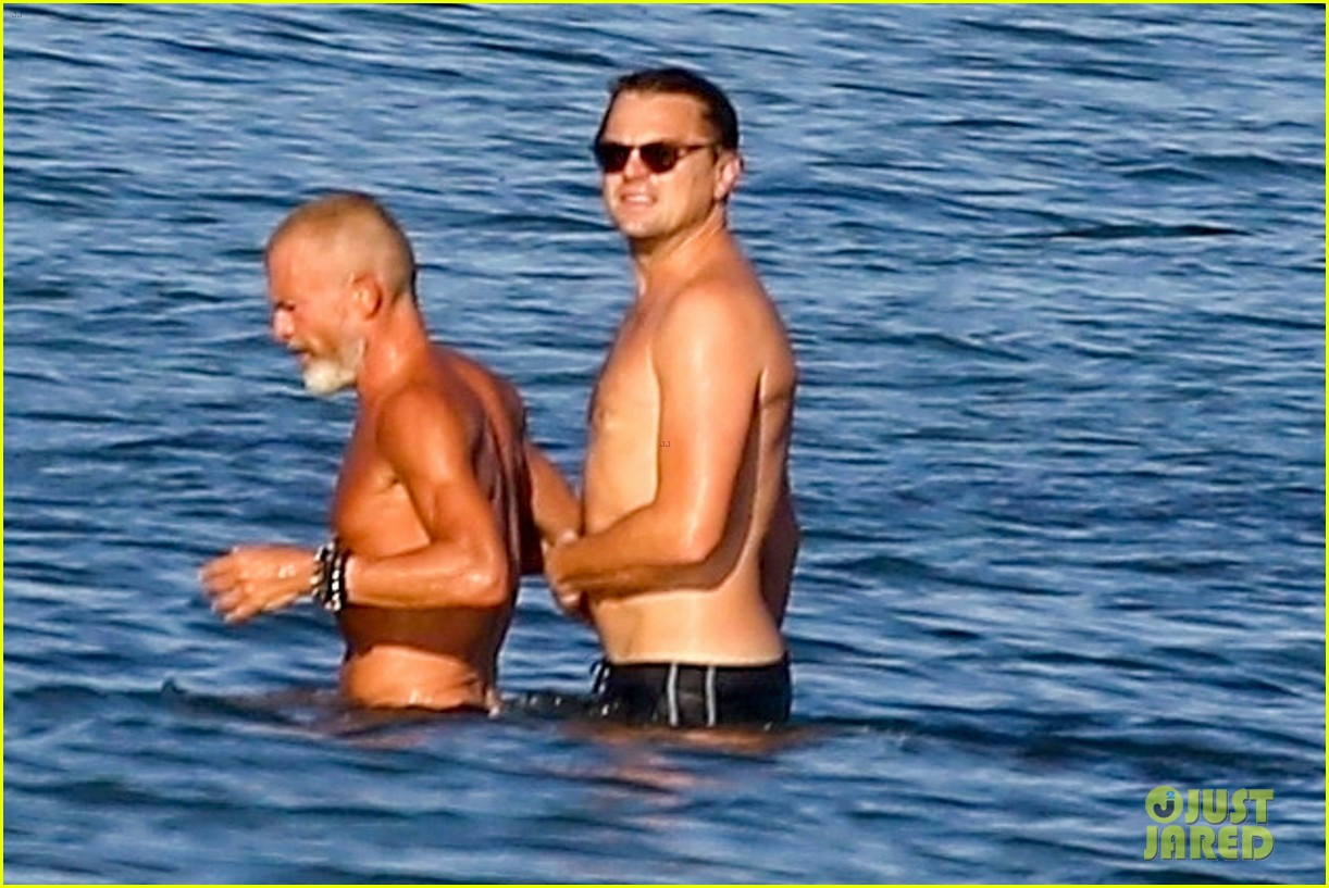 leonardo dicaprio shirtless at the beach 094137449
