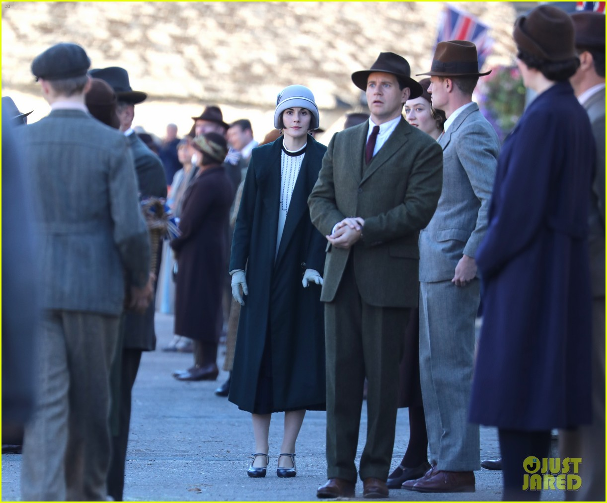 michelle dockery downton abbey film set 044153880