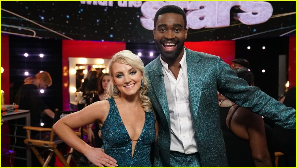 Evanna Lynch Dancing With The Stars 01 Dance