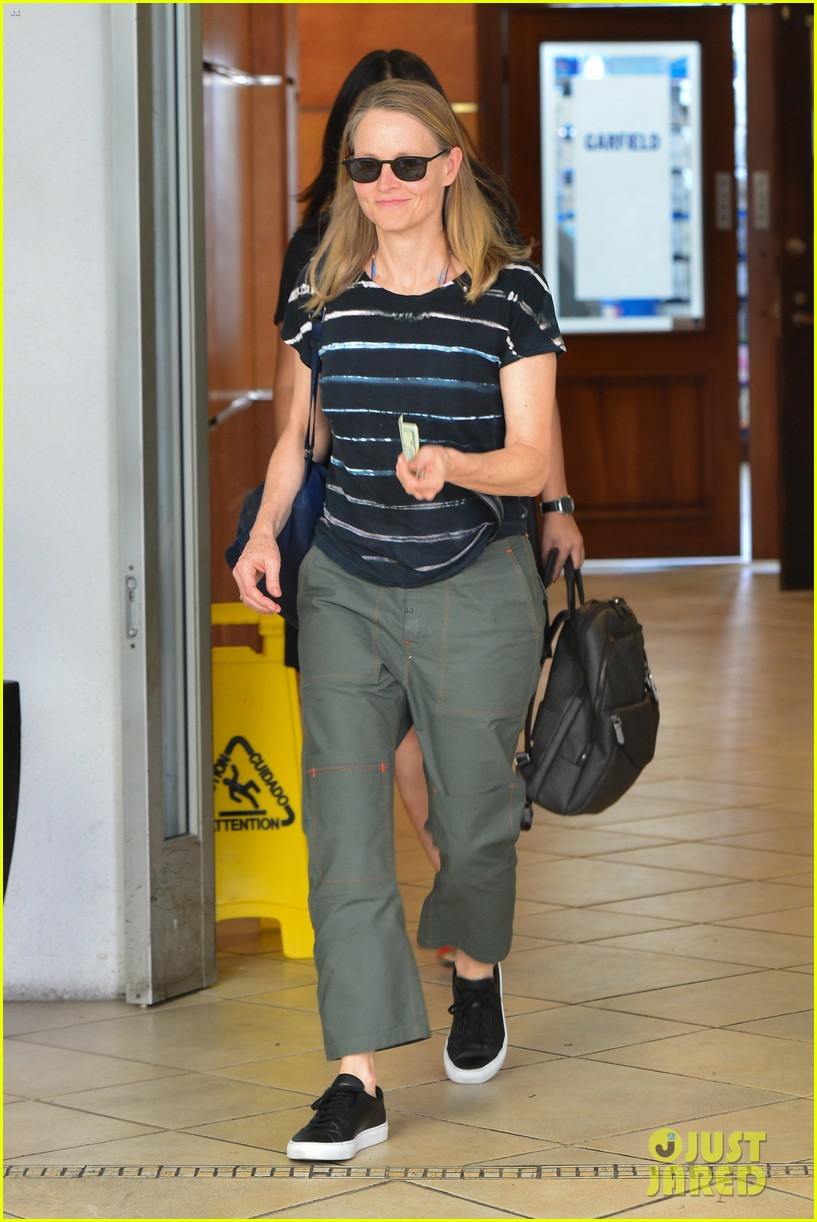 jodie foster steps out for business meeting in beverly hills 024150785