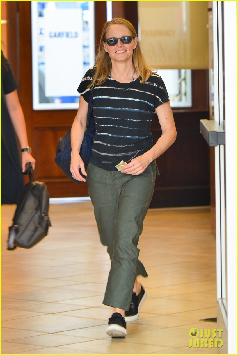 jodie foster steps out for business meeting in beverly hills 074150790