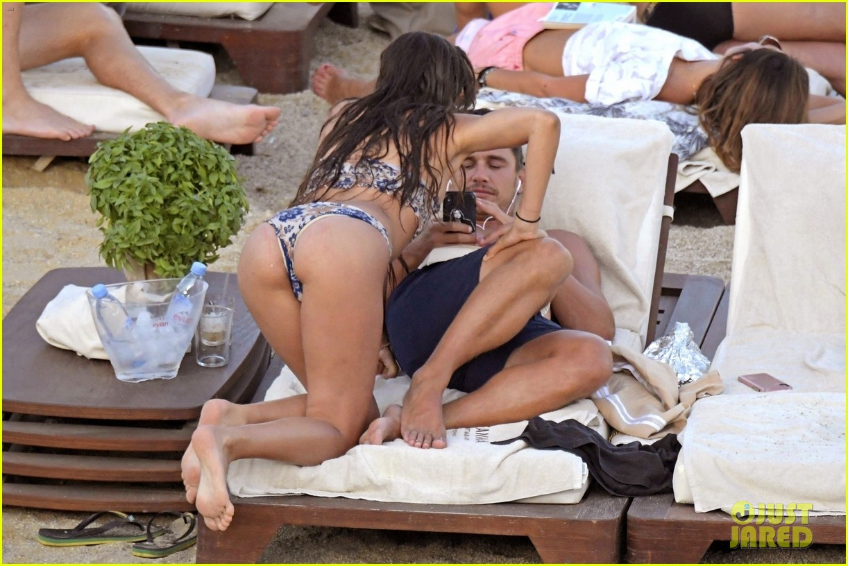 james franco steamy vacation with izabel pakzad 094146422