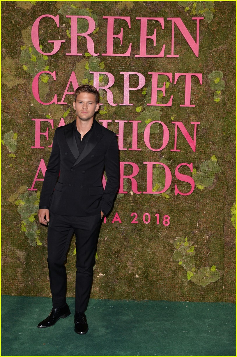 green carpet awards september 2018 504152312