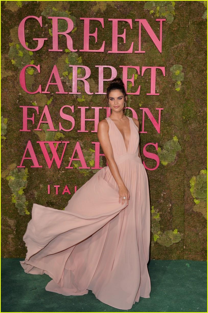 green carpet awards september 2018 604152320