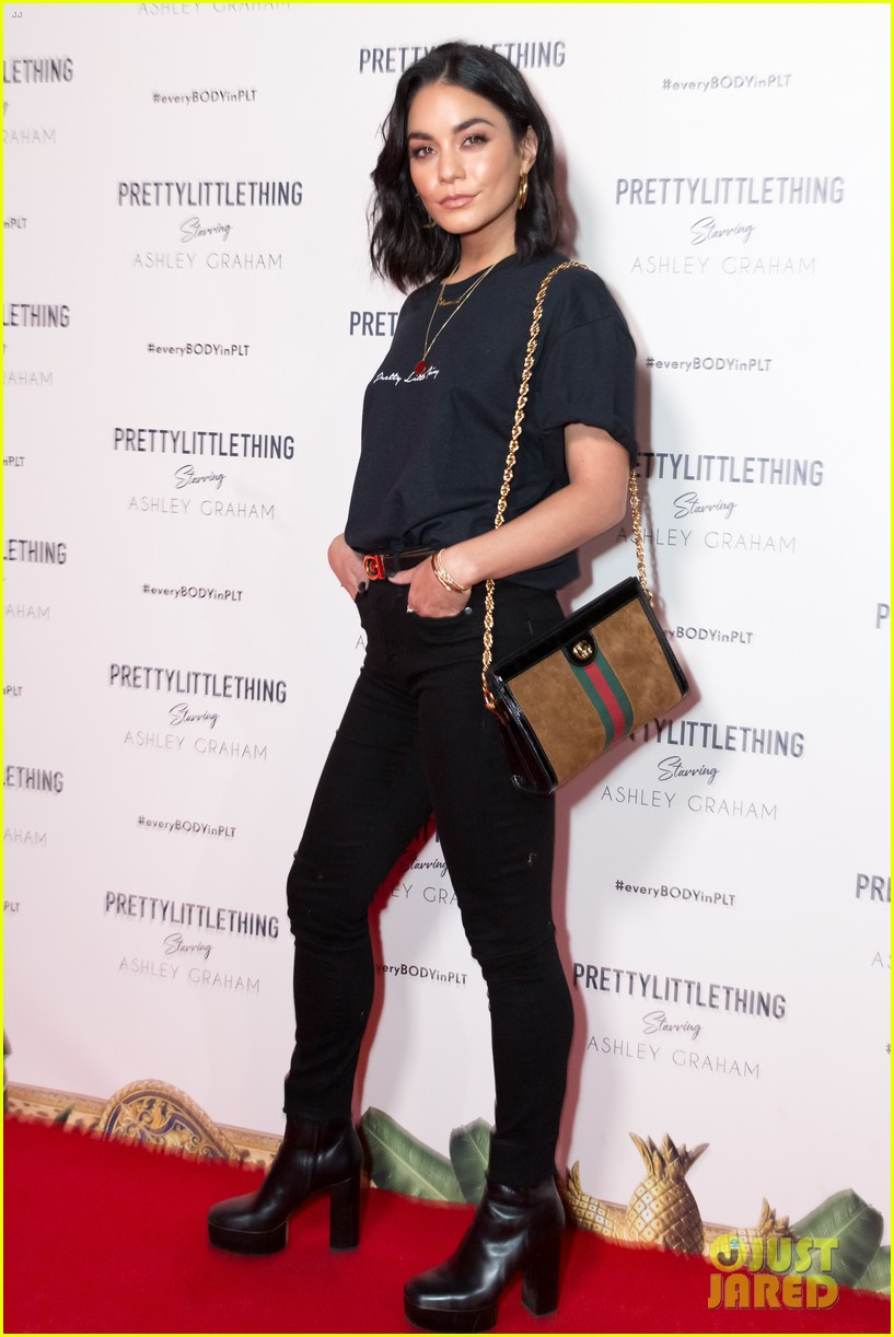 ashley graham gets star support at prettylittlething launch party 014153549