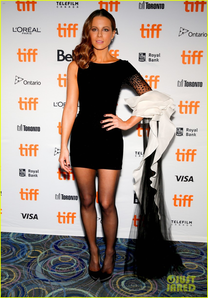 Kate Beckinsale Stuns At Farming Premiere At Tiff 2018