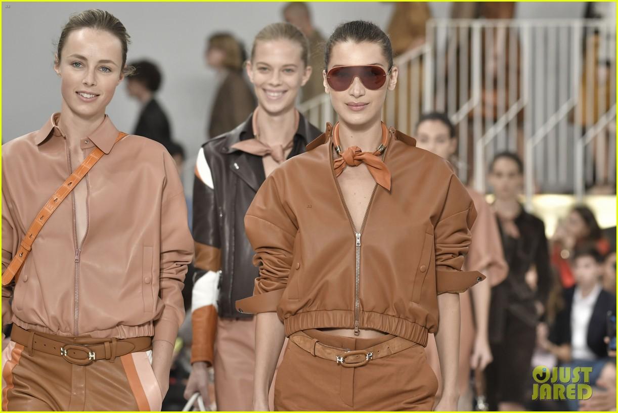 gigi and bella hadid strut their stuff in tods milan fashion week show2 224151324