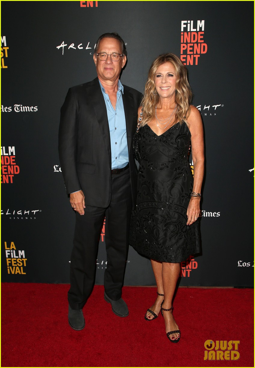 tom hanks rita wilson simple wedding premiere 014151561