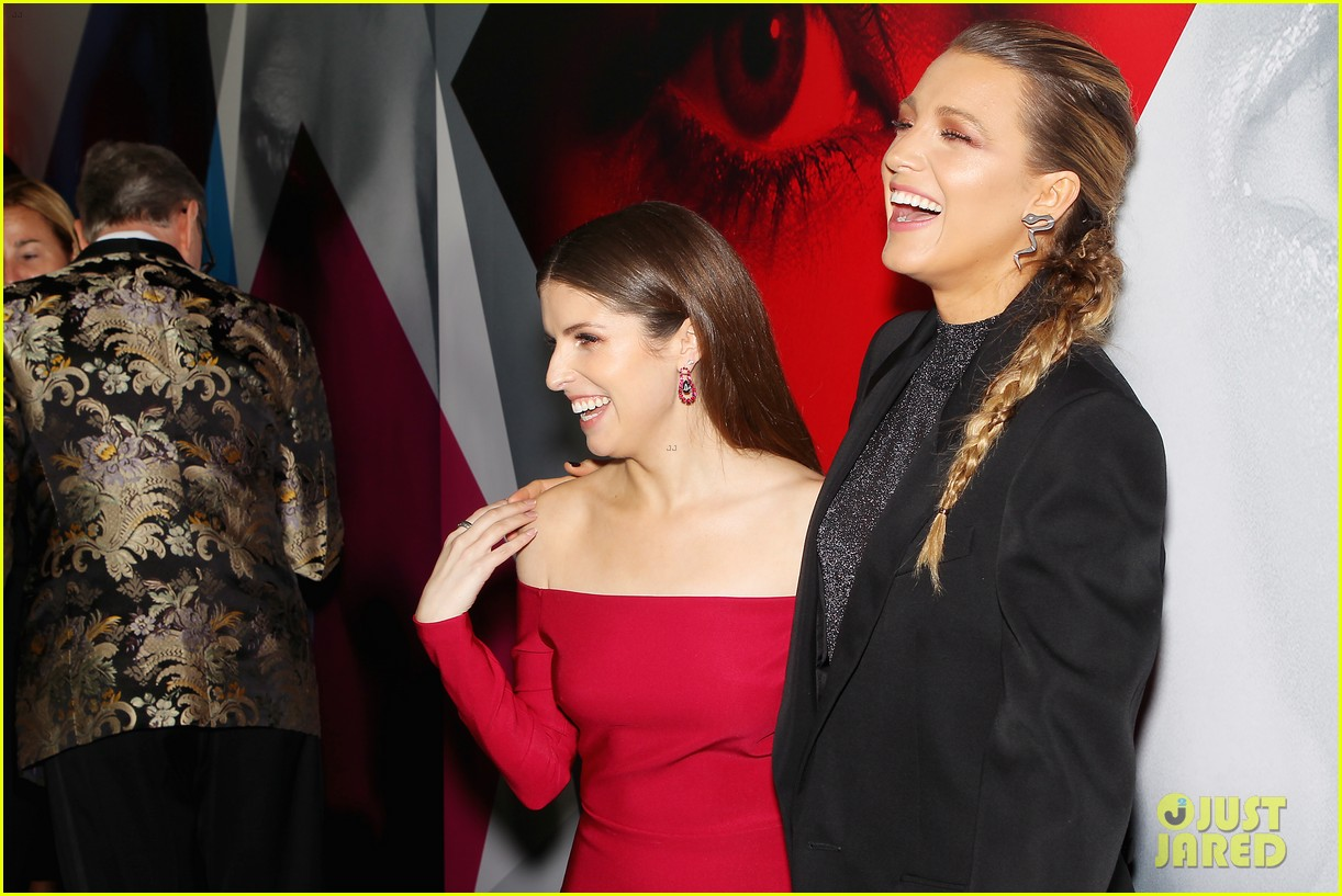 anna kendrick blake lively henry golding a simple favor premiere 284144180