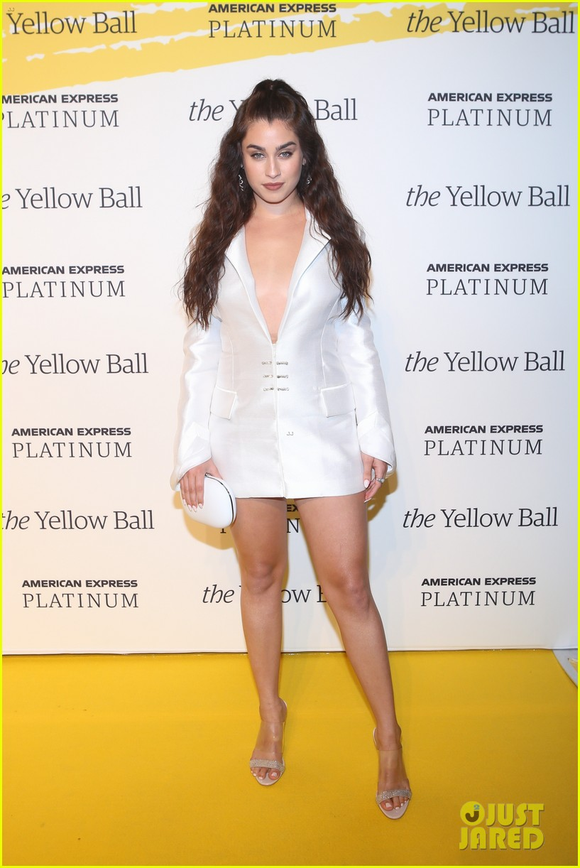alicia keys charlie puth lauren jauregui step out for yellow ball nyc2 09
