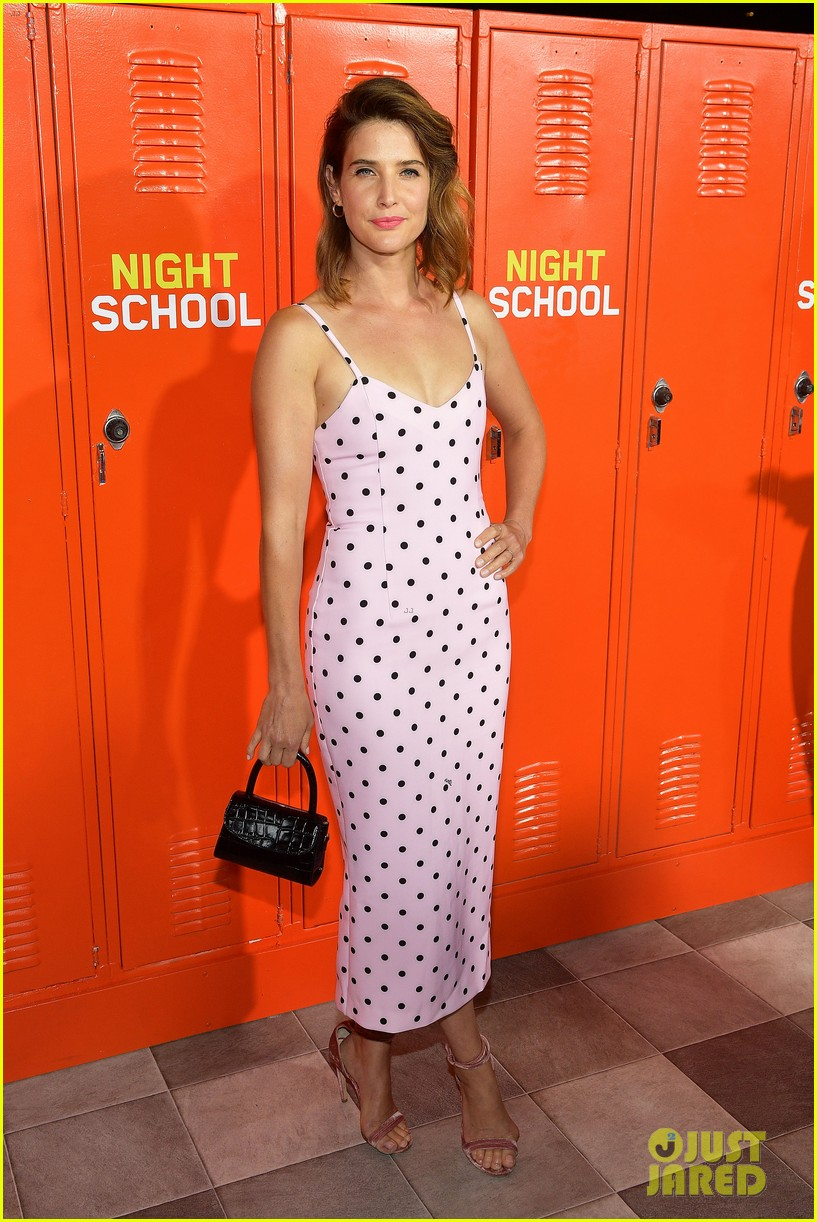 taran killam cobie smulders couple up at night school premiere 064153436