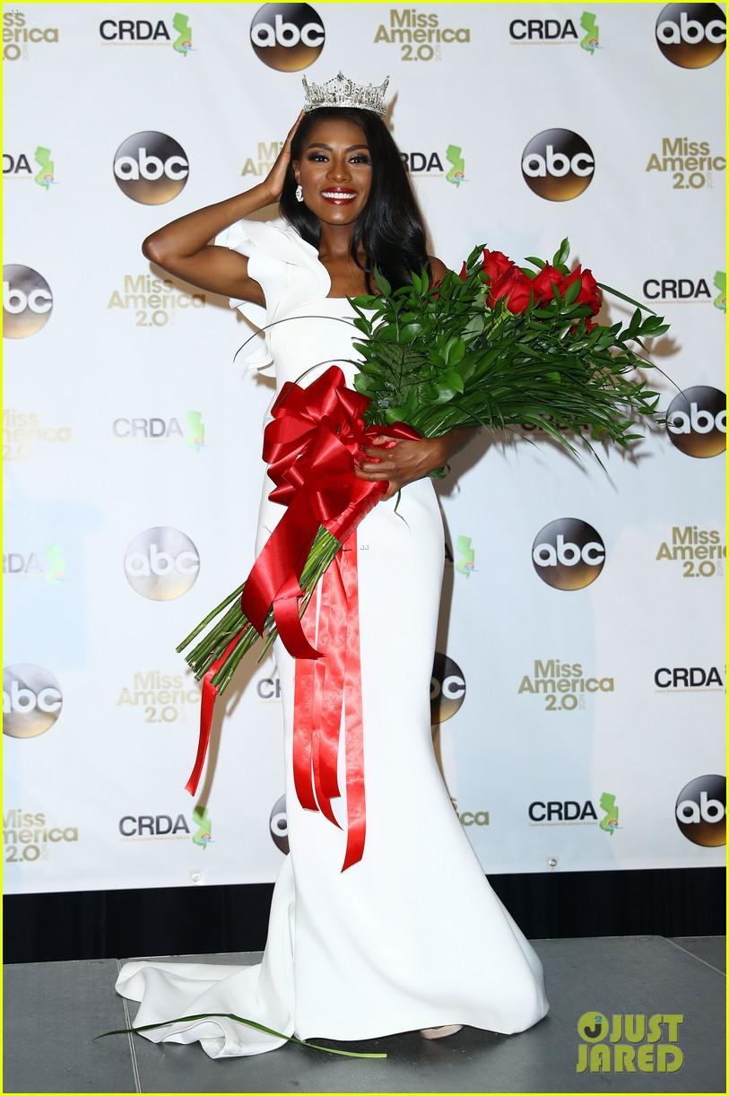 nia imani franklin, miss america 2019. Miss-america-2019-new-york-nia-imani-franklin-03