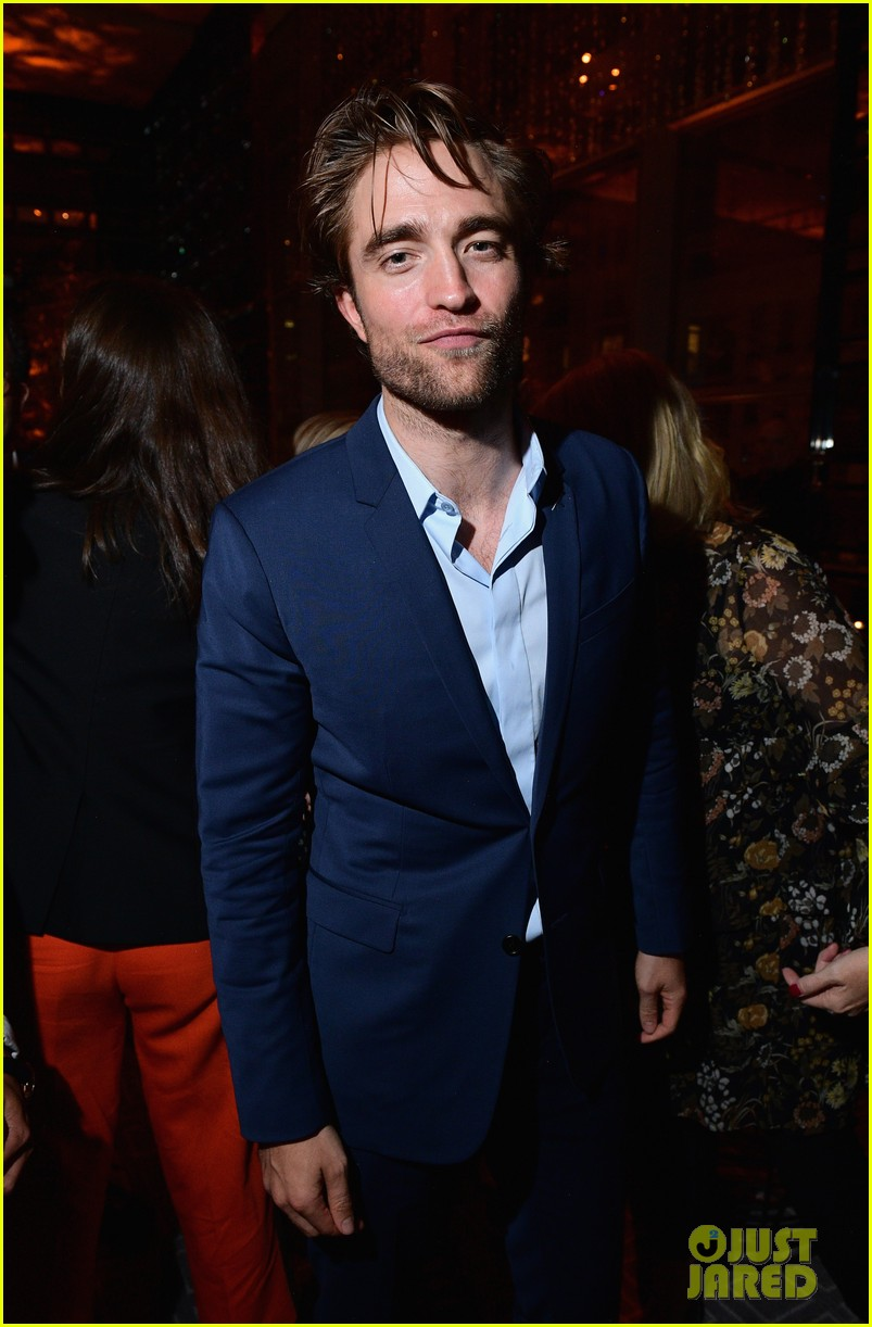 Robert Pattinson DID Party With Beyoncé: See The Amazing Proof Robert Pattinson DID Party With Beyoncé: See The Amazing Proof new pictures