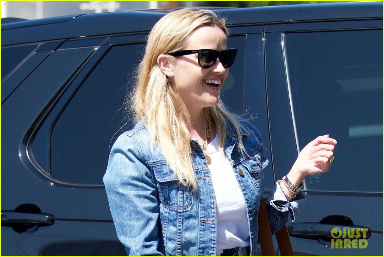 reese witherspoon trip to nashville 034137349