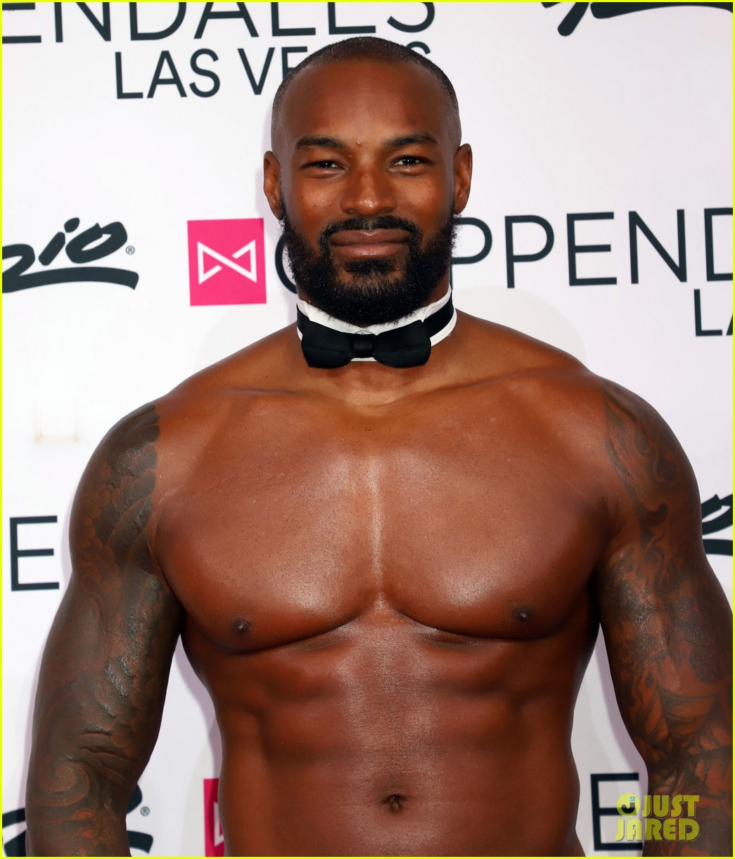 Tyson Beckford Shows Off His Buff Bod at Chippendales Las ...