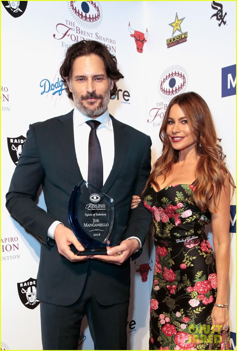 sofia vergara joe manganiello spirit of sobriety award 114141445