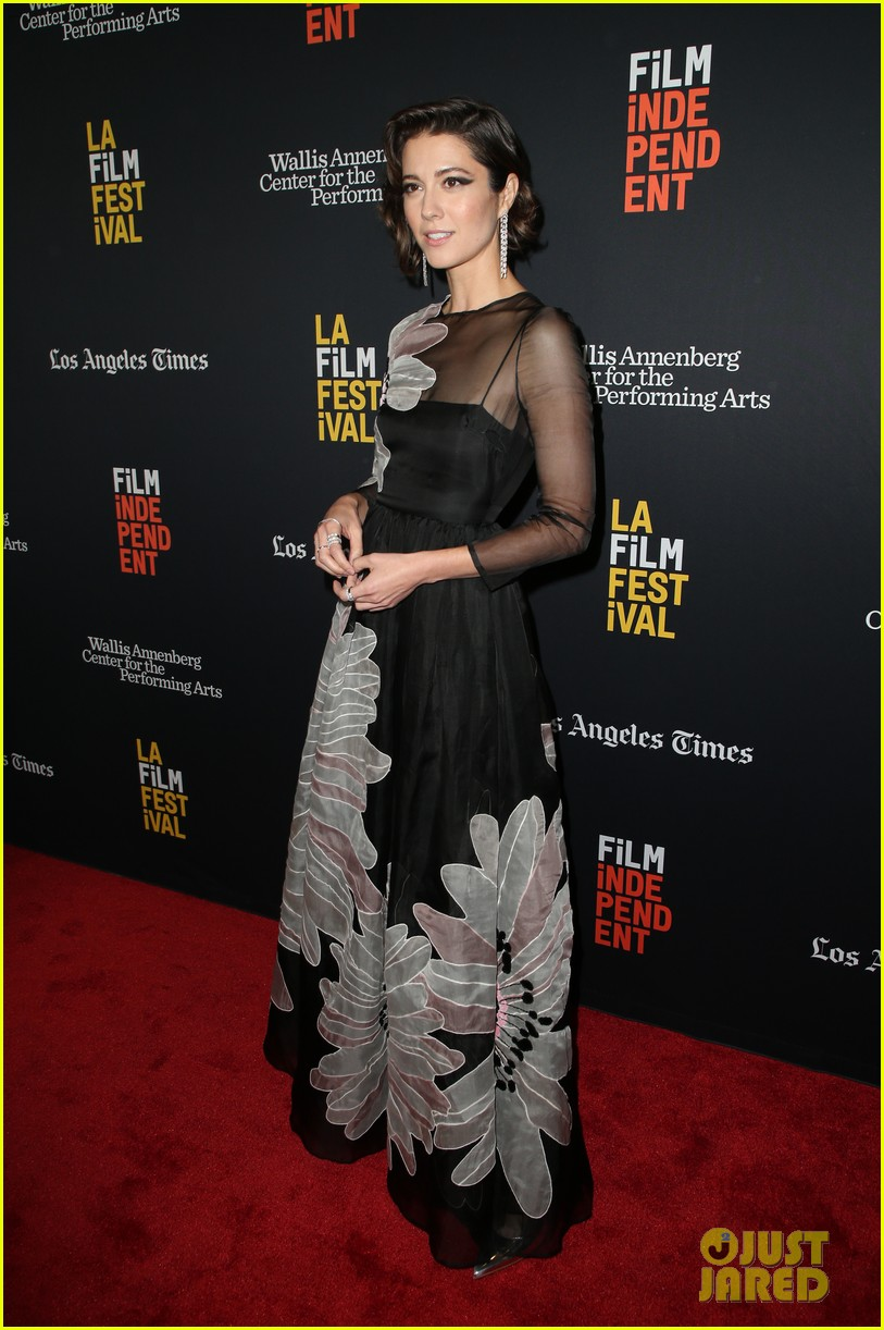 mary elizabeth winstead common premiere all about nina at la film festival 084152681