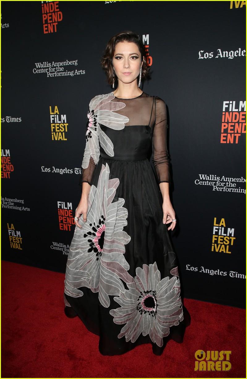 mary elizabeth winstead common premiere all about nina at la film festival 294152702
