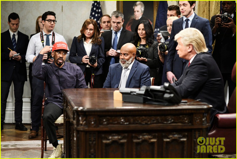 alec baldwin returns to snl president trump to spoof meeting with kanye west 024164436