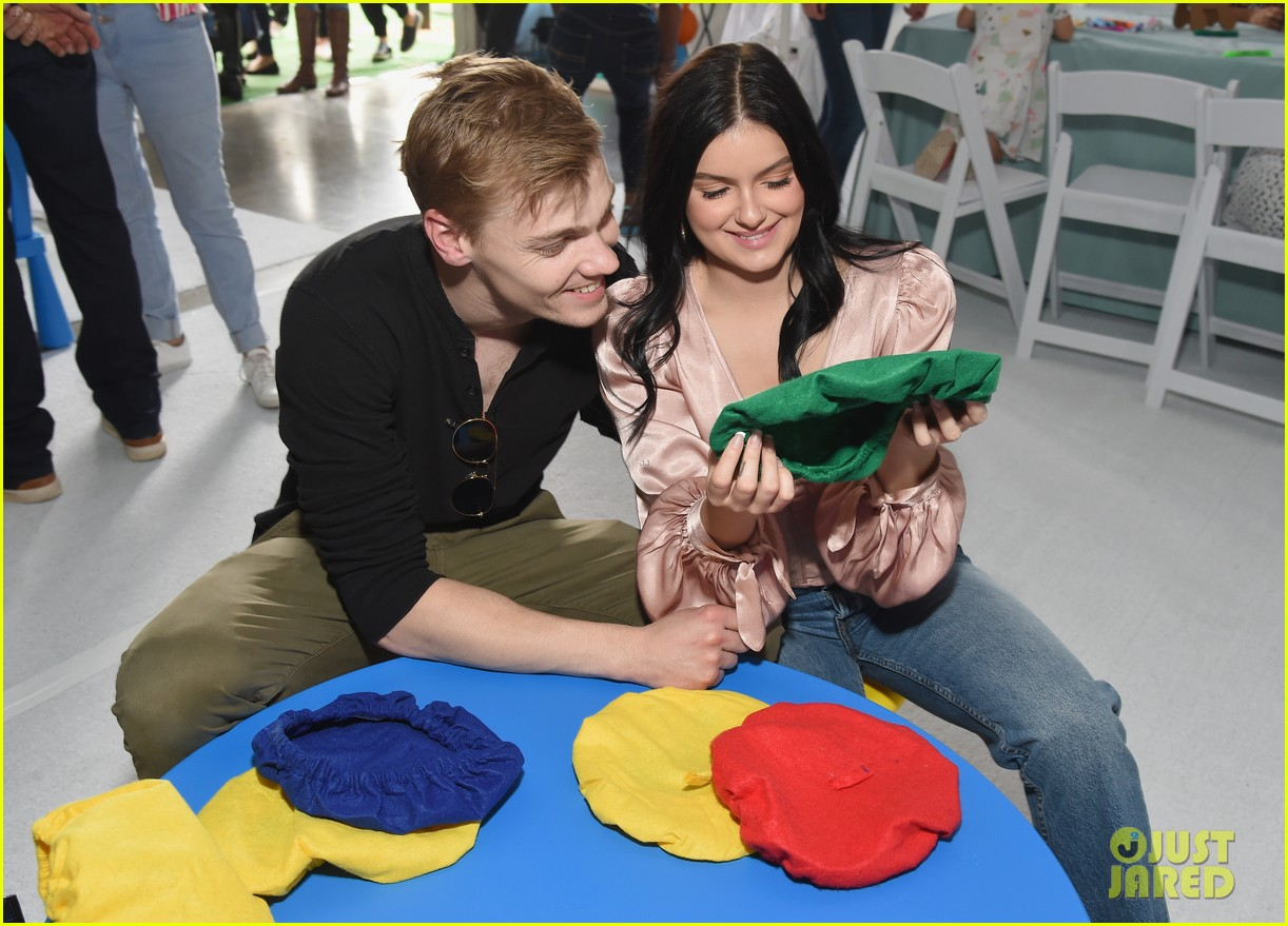 ariel winter levi meaden couple up for a time for heros festival 184172071